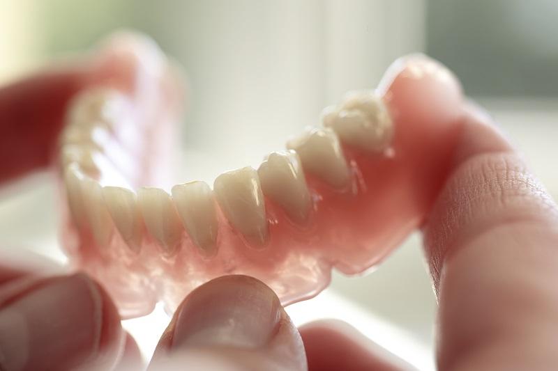 دندان مصنوعی و نکات آن